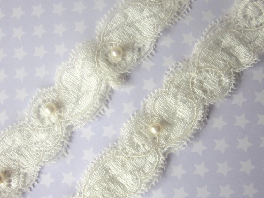 Свадьба - Ivory Garter Set / Wedding Garter including toss Garter / Garter - Simply Pearls Bridal Garter Set