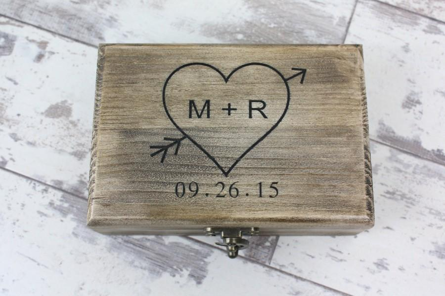 Mariage - Ring Bearer Box - Rustic Wedding Keepsake Box, Engraved With Your Personalizations