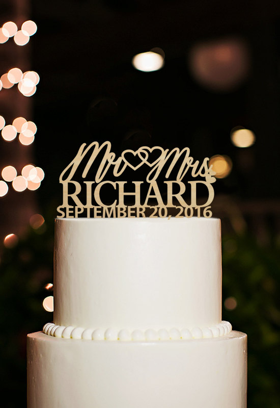 Mariage - Mr and Mrs Wedding Cake Topper-Personalized Last Name Cake Topper with Date-Rustic Cake Topper-Mr Mrs Cake Topper-Custom Wedding Toppers