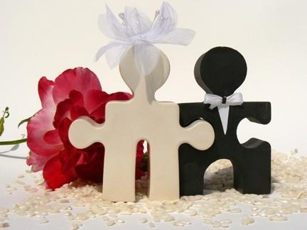 Mariage - Perfect Fit Bride and Groom Dual Function Topper / Salt & Pepper Shakers