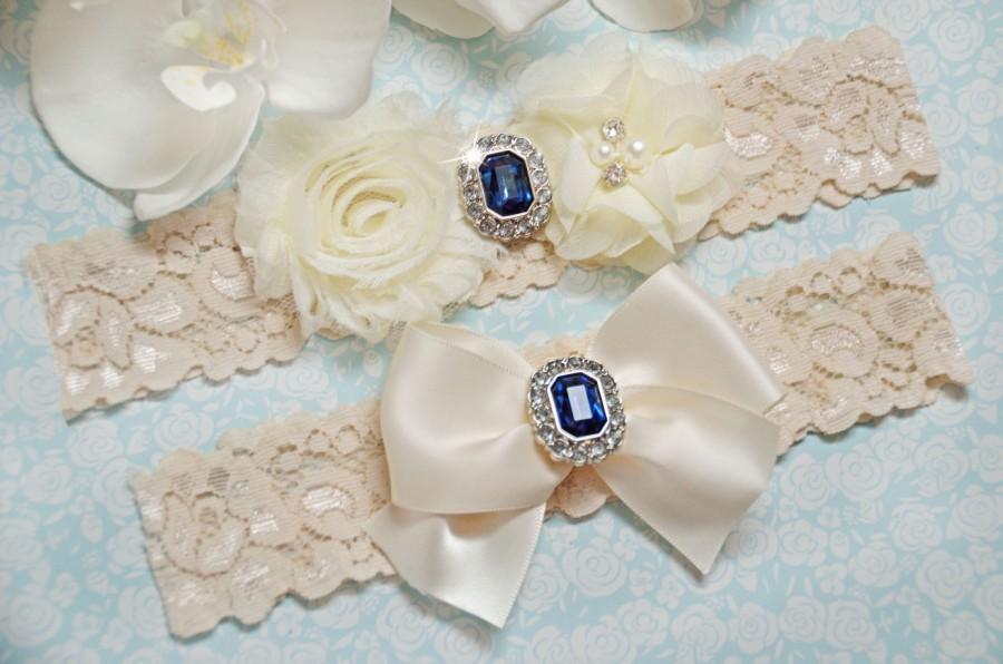Свадьба - Wedding Garter, Ivory Wedding Garter Set, Bridal Garter, Garter Set, Ivory Lace Wedding Garters, Stretch Lace, Blue Rhinestone Garter Set