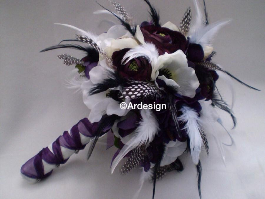 Hochzeit - VINTAGE VIXEN VAMP Wedding Bouquet With Lots of Feathers