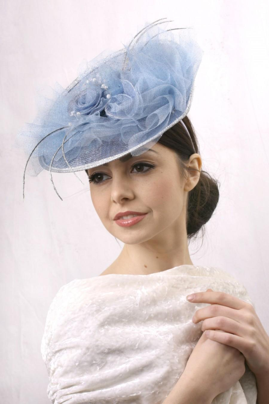Wedding - FREE EXPRESS shipping to USA! Light blue fascinator, Melbourne cup hat, Royal Ascot Hat, Kentucky derby hat, Derby fascinator hat, headpiece