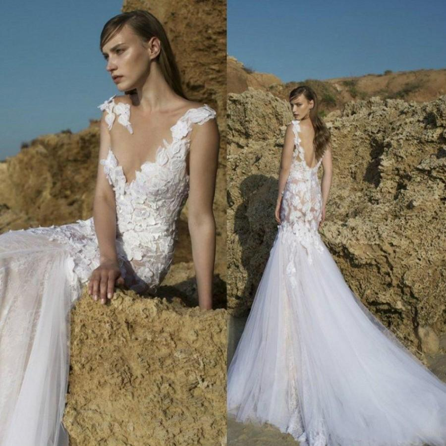 Sexy V Neck Lace Wedding Dresses Sheer 3D Floral Applique Mermaid Backless Gowns Chapel Train Nurit Nen Long Beach Bridal Dress Online With