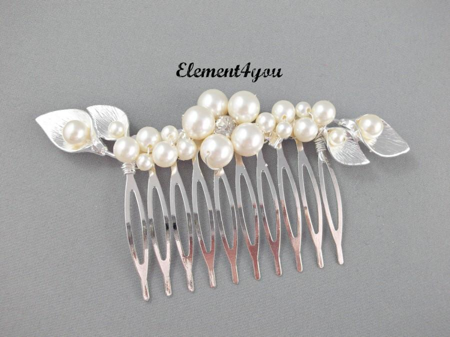Hochzeit - Bridal hair comb, Calla Lily flower hair piece, Wedding hair accessories, Silver comb, Unique head piece, Swarovski pearls, Bridesmaid comb.
