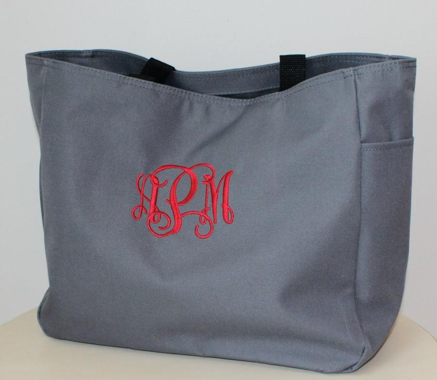 Свадьба - Monogram Tote Bags Wedding Party Gifts Maid Of Honor, Bridesmaid, Mother of the Bride, Mother of the Groom