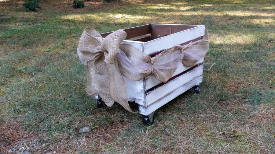 Свадьба - Rustic Wedding Wooden Wagon, Flower Girl Wedding Wagon, Rustic Wedding Decor, Newborn Photo Prop Wagon, Flower Girl Carriage