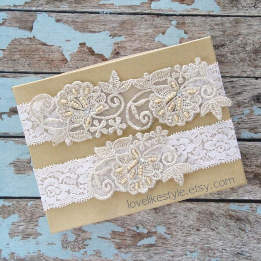 Mariage - Light Gold Pearl Beaded Lace with Ivory Stretch Lace Wedding Garter Set , Light Gold Lace Garter Set, Toss Garter , Keepsake Garter  / GT-52