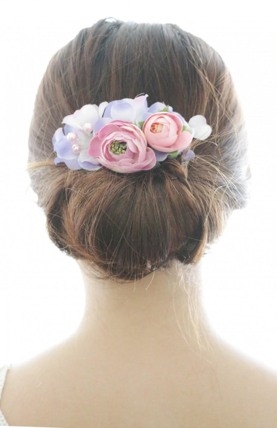 Mariage - Bridal Hair Accessory, pink ranunculus & purple Hydrangea, Bridal Hair comb hairpiece flower, Bridesmaid, Rustic outdoor wedding woodland