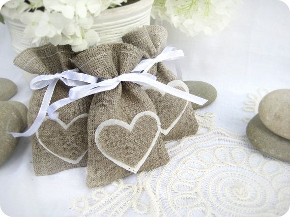 Hochzeit - Set Of 120-Wedding Favor Bags - White Rustic Linen Wedding Favor Bag With Natural Linen Hearts Or Candy Buffet Bag Or Gift Bag