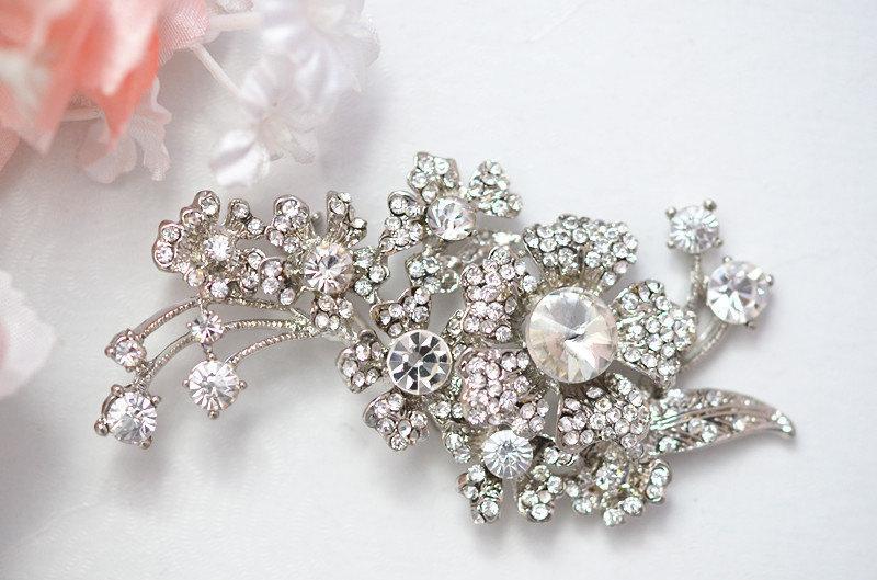 Свадьба - SALE Primrose Swarvoski bridal  rhinestone brooch, head piece
