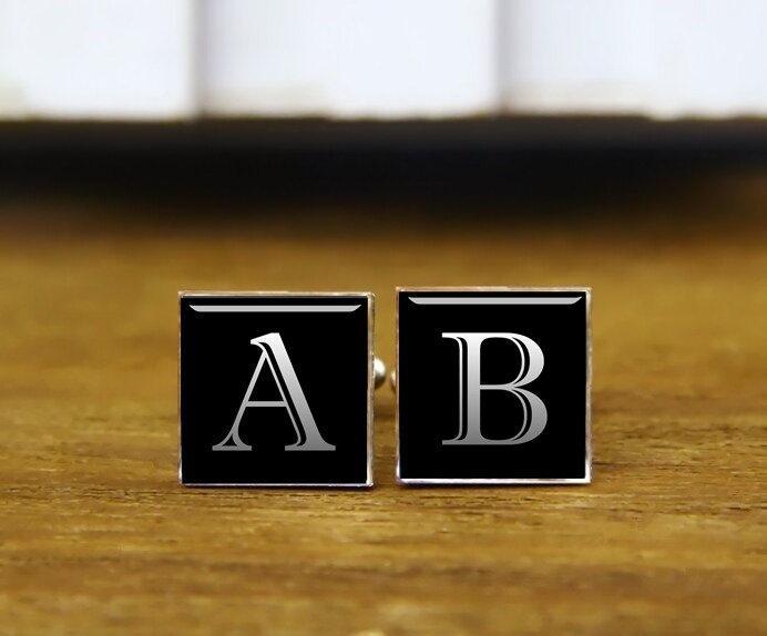 Hochzeit - monogram initials cuff links, customize name cufflinks, custom wedding cufflinks, round glass, square cufflinks, tie clip or a matching set