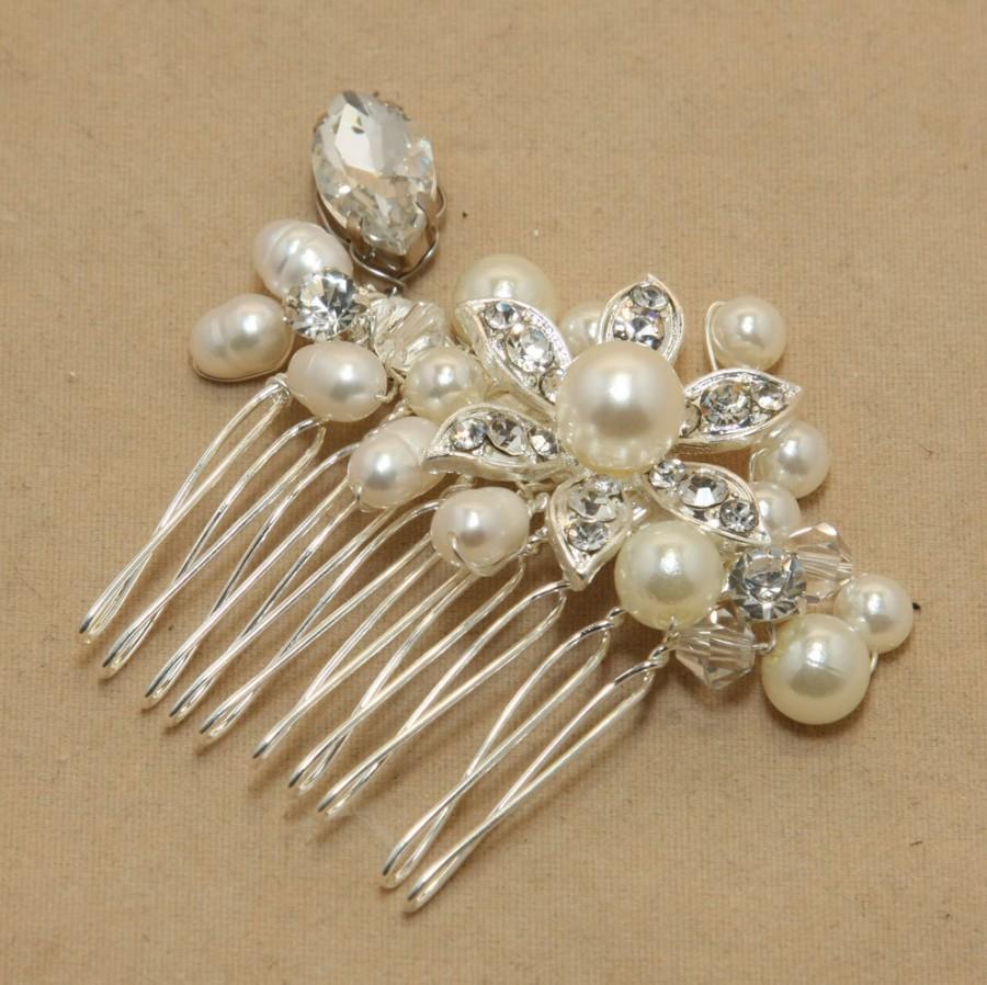 Mariage - Vintage Inspired Pearls Bridal Hair Comb, Pearl Hair Comb, Wedding Hair Comb, Bridal Hair Accessories, Wedding Hair Accessories