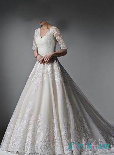 classy princess lace wedding dress with half length
