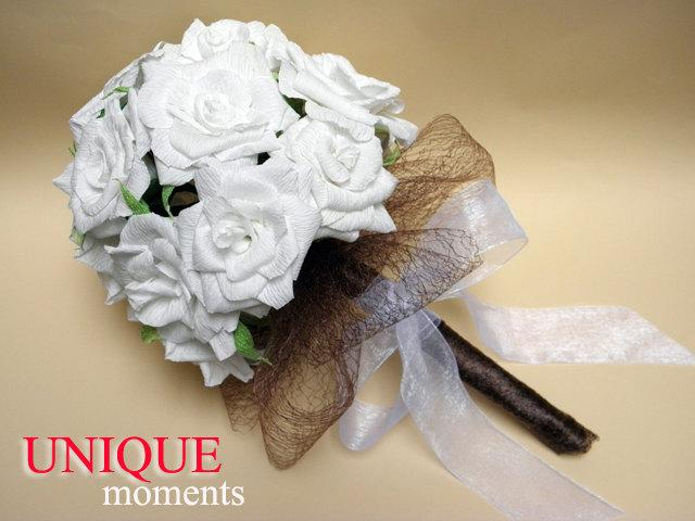 Hochzeit - Paper Rose Bouquet/Bride Bouquet/ White Roses Bouquet/ Rustic Wedding/Wedding Decor/Wedding Centerpiece/Paper Roses/PAPER Wedding Bouquet