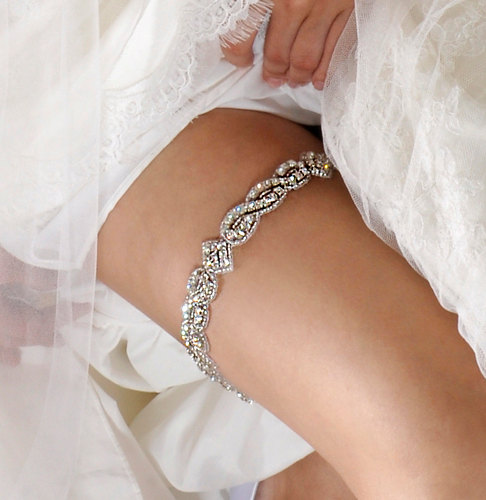 Mariage - now AVAILABLE IMMEDIATELY*** Bridal Garter SET - Wedding Keepsake and Toss Garters with Crystals