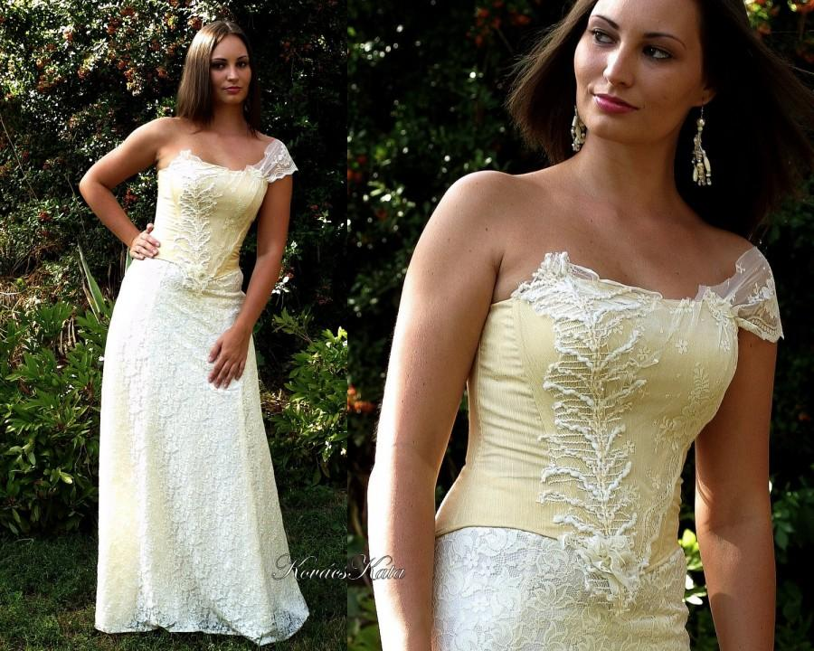 Свадьба - One Shoulder Elegant Lace Dress Vintage Inspired A-line Wedding Gown - Vanilla Lady