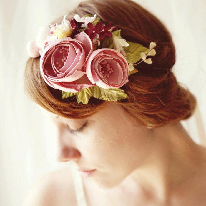 زفاف - ON ORDER (ships in 1-2 weeks) Flower headband, Magenta pink bridal fascinator, bridal hair crown, floral wedding accessory - CAROUSEL