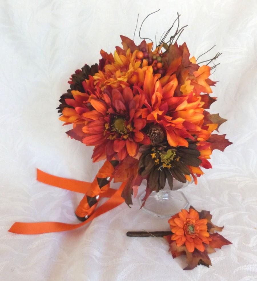 Свадьба - Fall colors Bridal bouquet silk flower wedding bouquet shades of red and brown