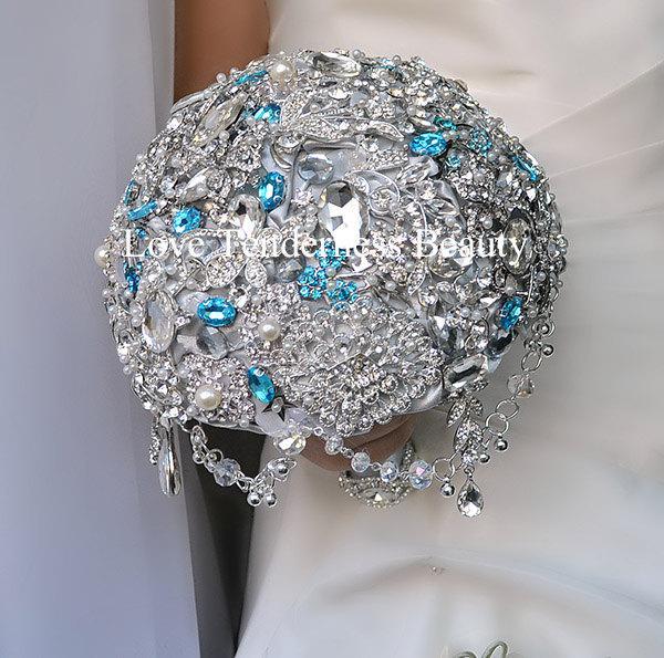 Hochzeit - luxury Bouquet, Silver Wedding Brooch Bouquet, Jewelry Bouquet, Blue Rhinestone Bouquet, Bridal Bouquet, Bridesmaids Bouquet, Grey Bouquet