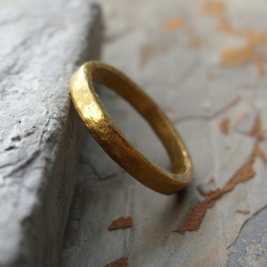 Свадьба - Pure Gold - Primitive Solid 24k Wedding Ring - Artisan Hammered Flat Solid Gold Band