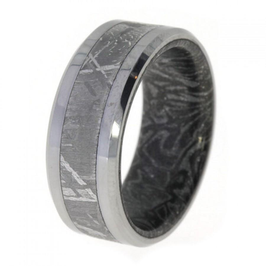 Men S Tungsten Ring Band Inlaid With Rare Gibeon Meteorite And Moe Gane Sleeve
