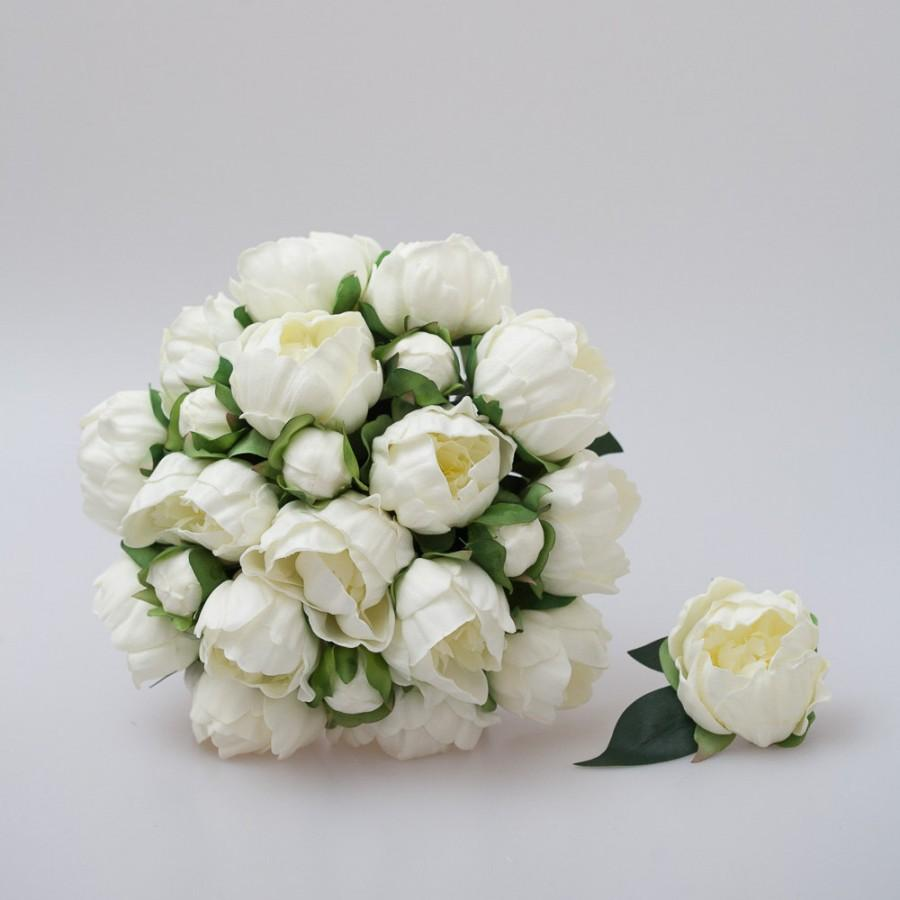 Свадьба - White Peony Bridal Bouquet, bridesmaid bouquets, groom and groomsmen boutonniere set