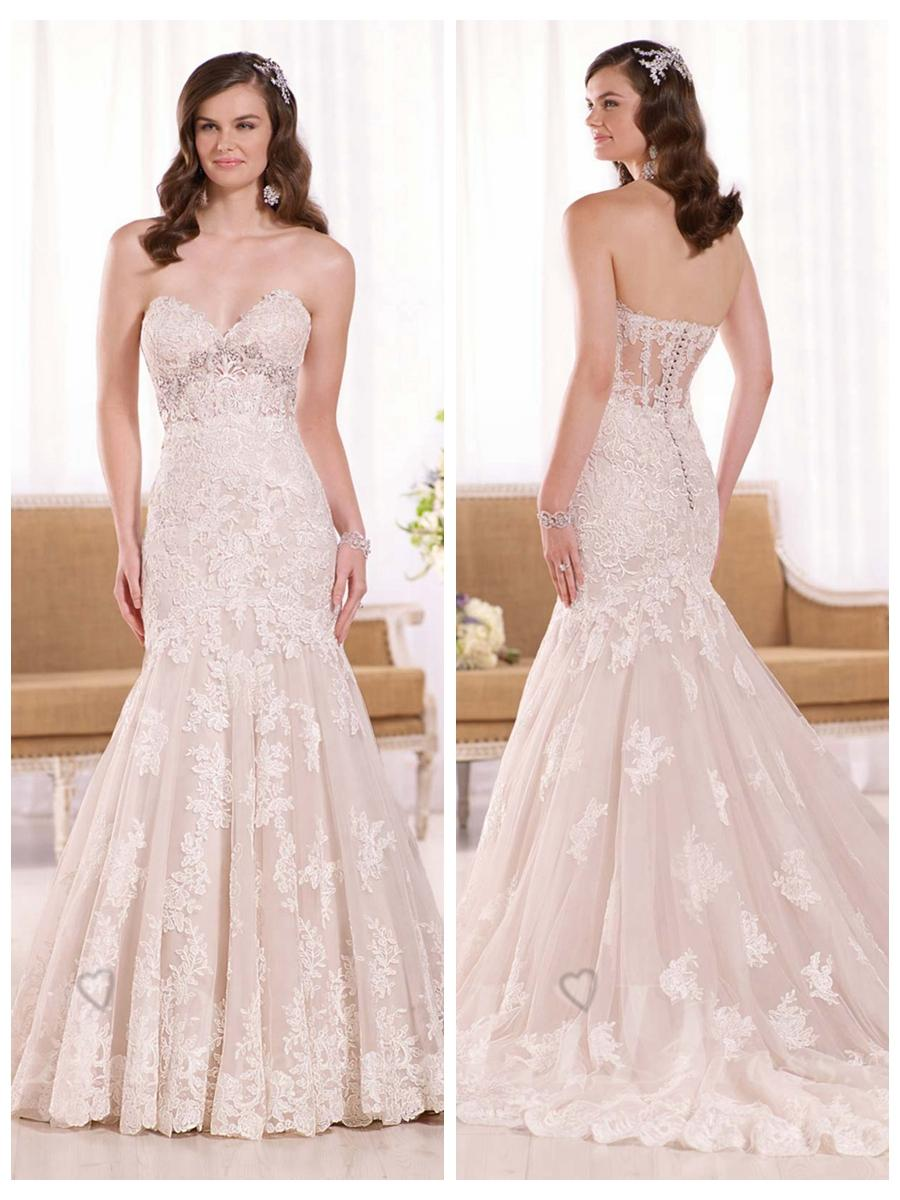 Свадьба - Gorgeous Fit and Flare Straples Sweetheart Lace Appliques Wedding Dress