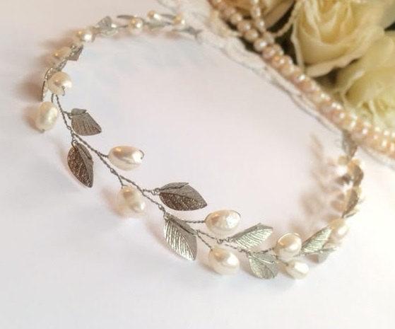 Mariage - Pearl floral wedding vine, floral wedding crown, bridal vine, head vine, pearl wedding headpiece, wedding hair accessories, pearl headband