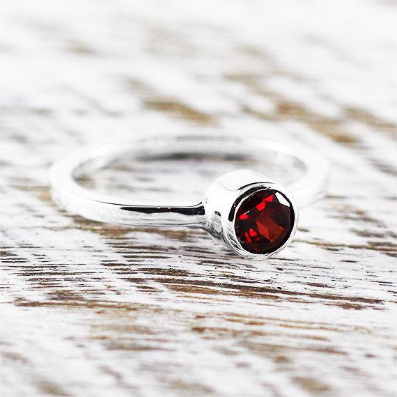 Свадьба - Red Garnet Ring 925 Sterling Silver Engagement Rings Personalized Gemstone