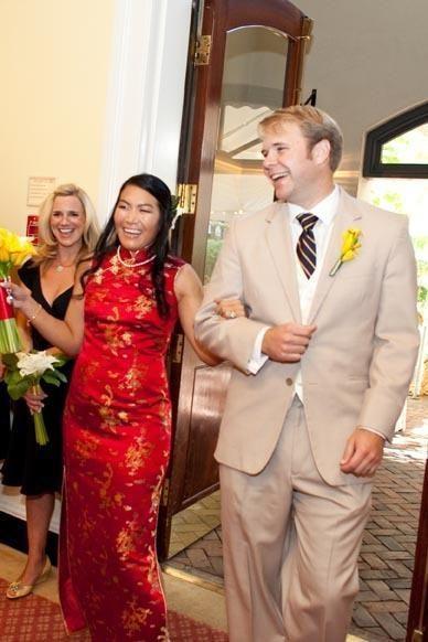 Hochzeit - A Beautiful Washington D. C. Fusion Wedding From Offbeat Bride