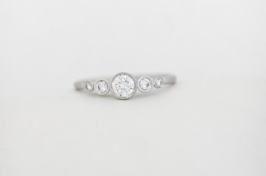 Свадьба - GIA Certified Five Stone Round Brilliant Cut Diamond Engagement Ring, Five Stone Bezel Diamond Ring
