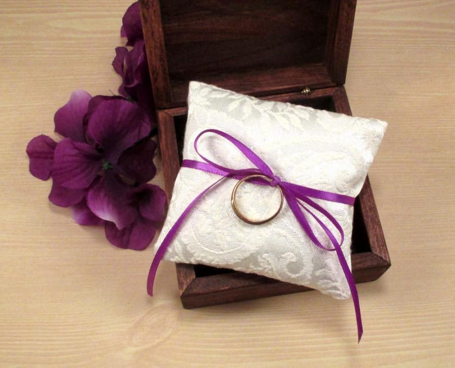 زفاف - Mini Ring Pillow, Small Wedding Ring Pillow, Ring Bearer Box Pillow, White Textured Wedding Pillow, Jewelry Pad, Paisley Bridal Ring Pillow