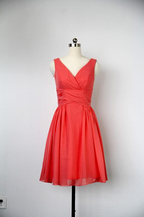 زفاف - A-line V-neck Knee Length Chiffon Red Bridesmaid Dress