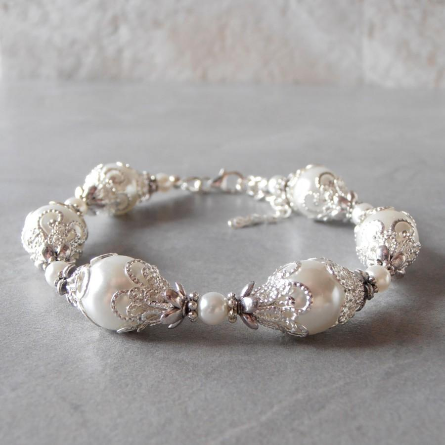white pearl bracelet white bridal jewelry beaded bracelet