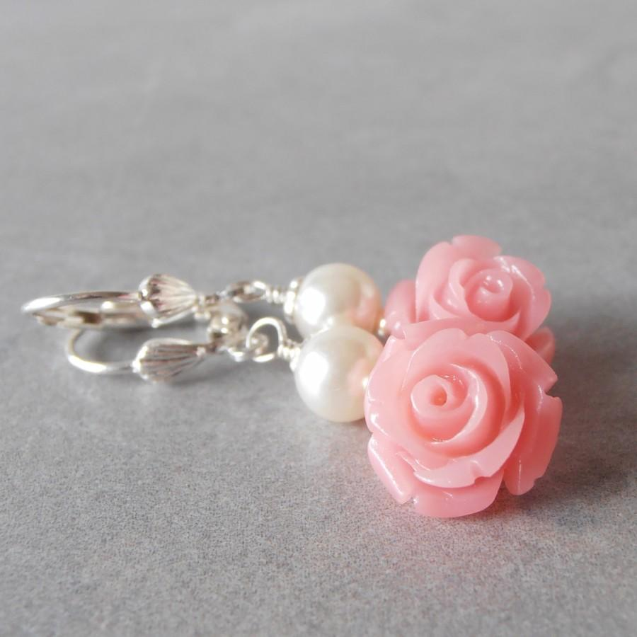 Wedding accessories pearls flowers pearls - Coral Pink Flower And Pearl Dangle Earrings Bridesmaid Jewelry Set Beaded Earings For Weddings Guava Bridal Party Jewelry Bridesmaid Gift