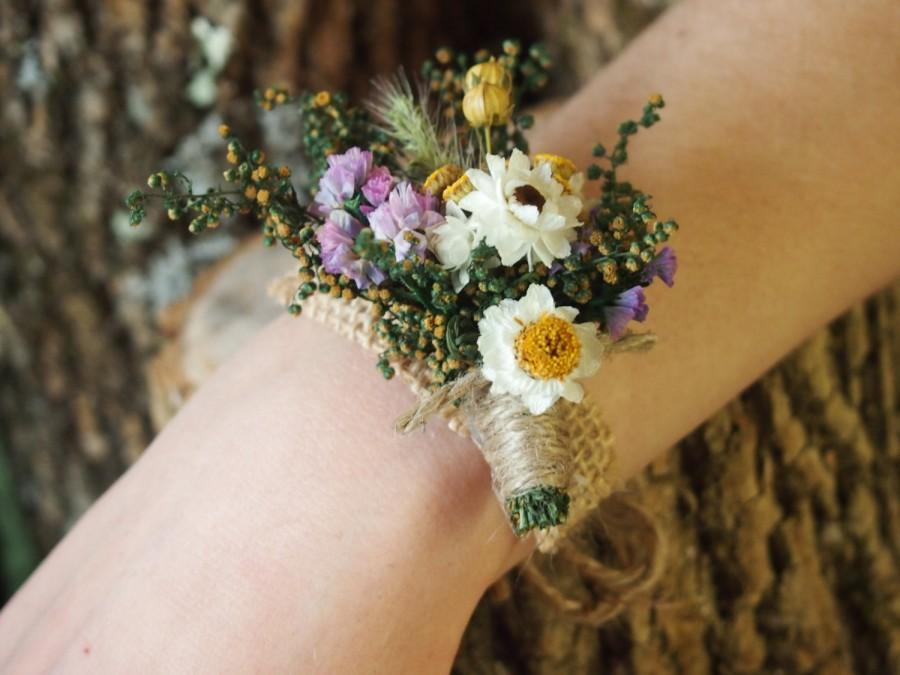 Mariage - Wrist CORSAGE - Dried Flowers - Simple and Dainty - Perfect for Country Rustic Weddings