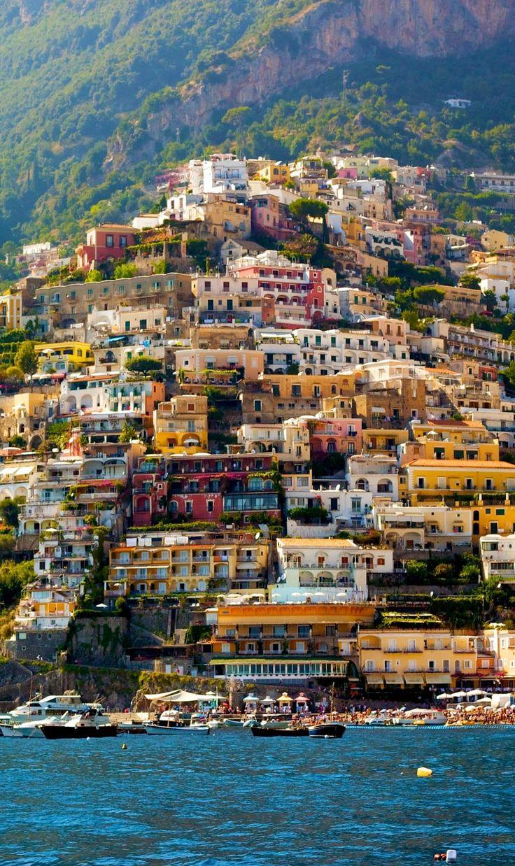 Hochzeit - Italy's 10 Beautiful Coastal Towns To Visit Before You Die
