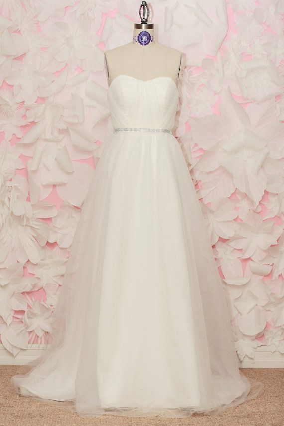Mila wedding gown soft ivory sweetheart neckline for Sweetheart neckline ruched bodice wedding dress