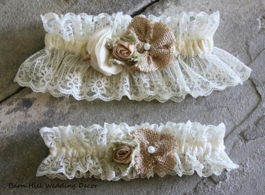 Mariage - Garter Set  Keepsake Garter Toss Garter Lace Garter Wedding Garter Set Burlap & Lace Garter Rustic Garter Shabby Chic Garter