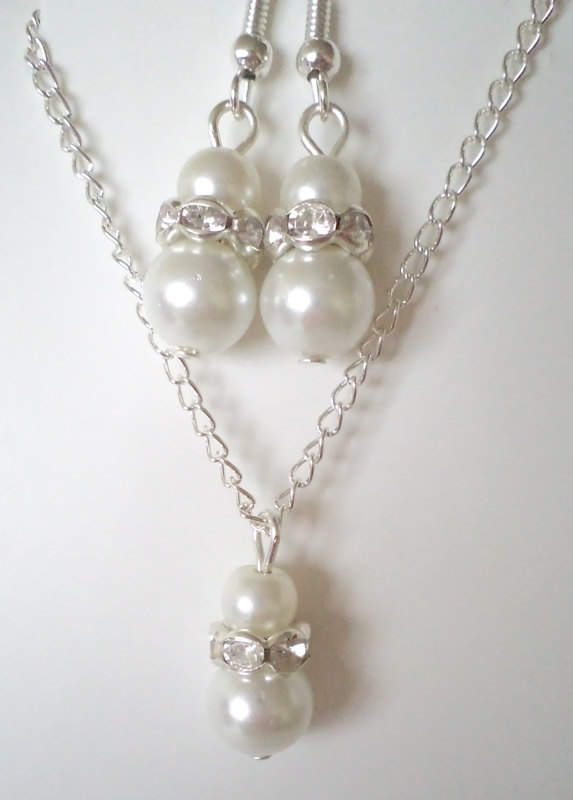 Mariage - Bridesmaid gift , Bridal Jewelry Set, Bridesmaids Jewelry, White Glass Pearl Pendant and Earrings Set