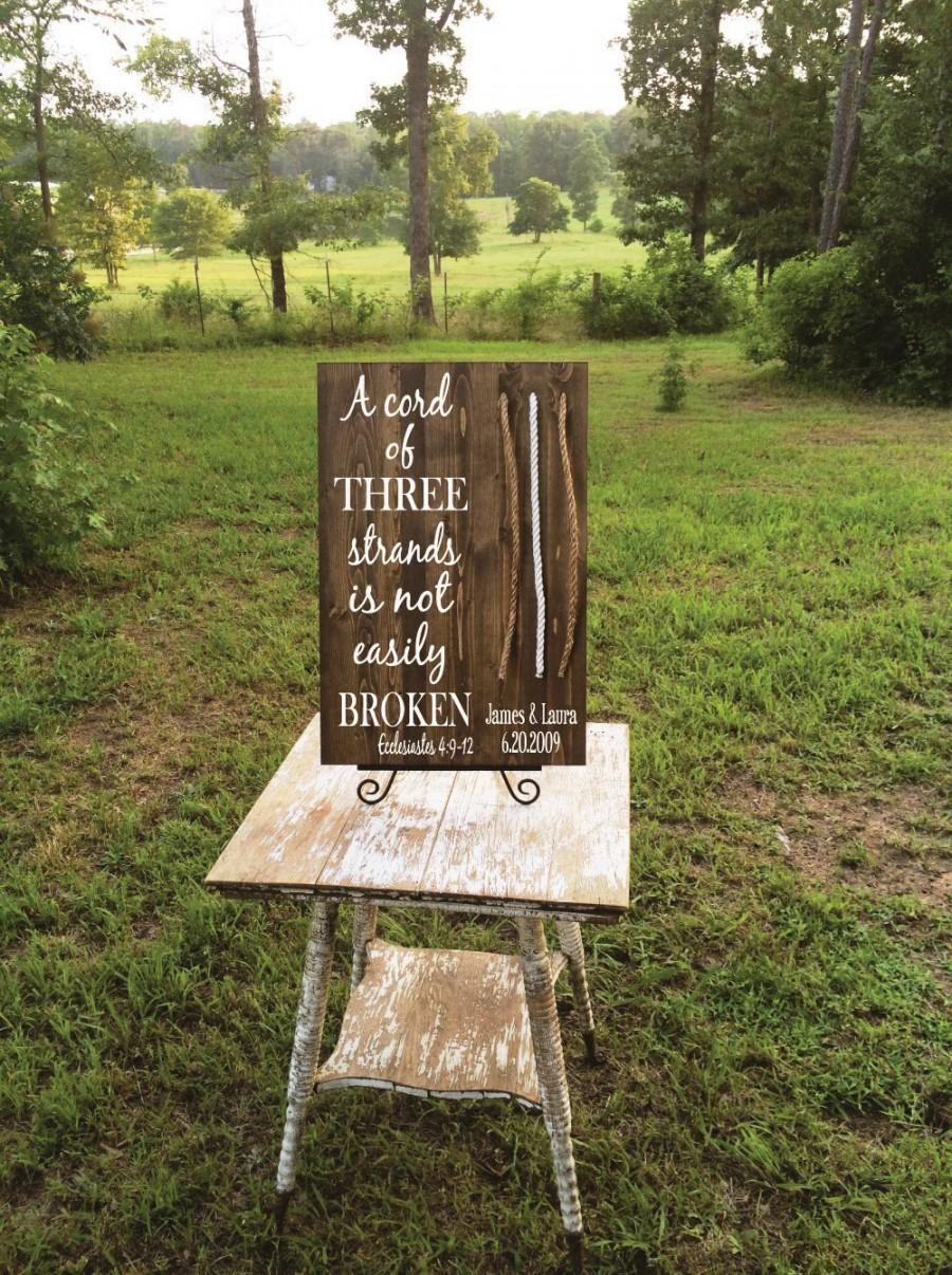 Mariage - A Cord of Three Strands Wood Sign for Weddings Featuring  Ecclesiastes 4 Scripture (Custom)