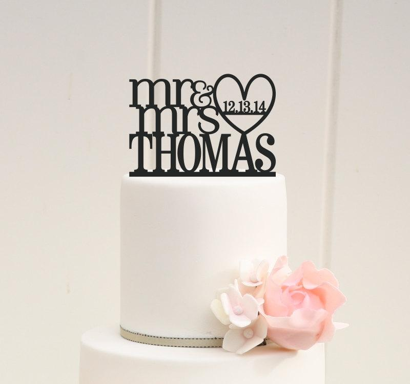 Mariage - Mr and Mrs Heart Wedding Cake Topper with Your Last Name and Wedding Date