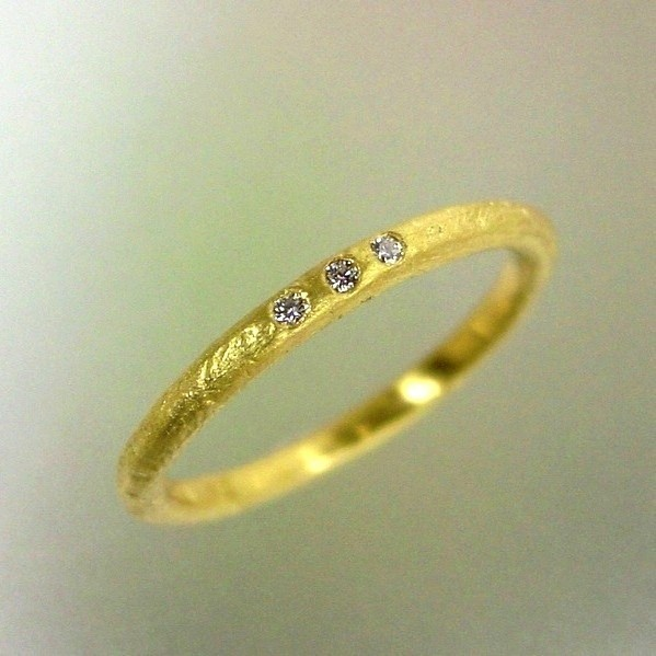 Mariage - Rustic Wedding Ring, Gold Diamond Band, Womens Delicate Gold Ring, Diamond Stacking Ring, 18k Wedding Band, Simple Band, Made to order