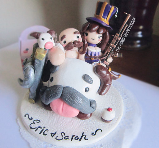 Wedding - League of legends wedding Cake topper customizable with any characters- Hand sculpted polymer clay and acrylic paint
