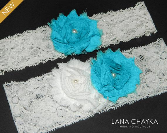 Свадьба - Wedding Garter Set Bridal Lace Garter Ivory Turquoise Garter Set Shabby Flower Garter Set Rustic Garter Sets Ivory Lace Keepsake Garter Set
