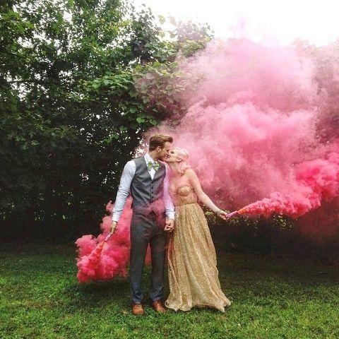 21-awesome-smoke-bomb-wedding-ideas-wedd