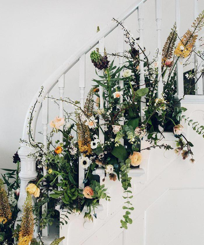 Mariage - DIY Spring Party Floral Staircase