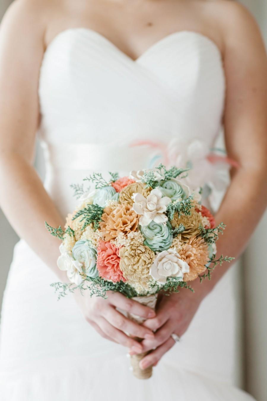 Mariage - Handmade Wedding Bouquet- Mint Coral Peach Champagne Bridal Bouquet, Alternative Bouquet, Sola Flowers, Keepsake Bouquet, Rustic Wedding