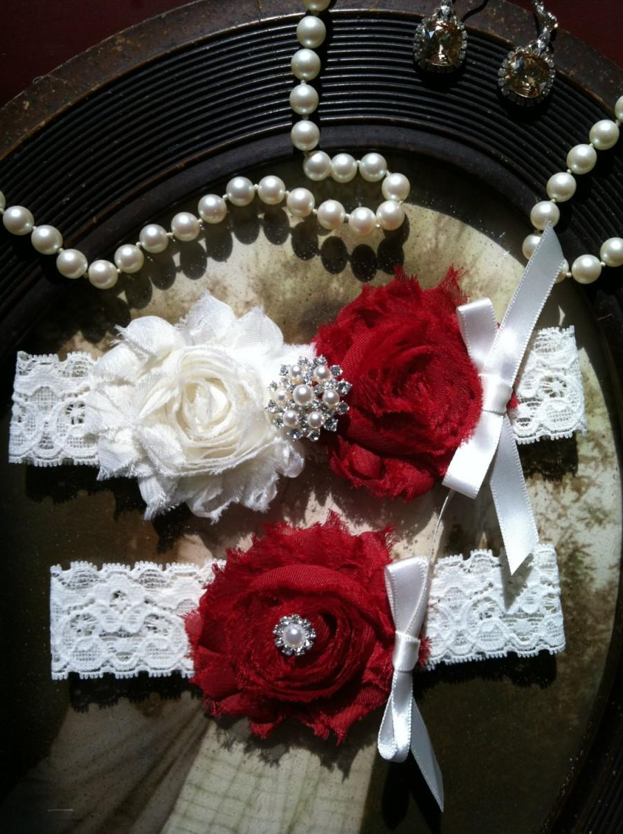 Hochzeit - SALE-Wedding Garter - Garters - Toss Garter - Ivory Lace Garter Set - Wedding - Vintage - Red - Red Garter -  Wedding - Rhinestone